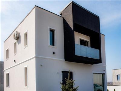 Casa individuala 5 camere 2 bai Bucium 1.1km fata de LIDL