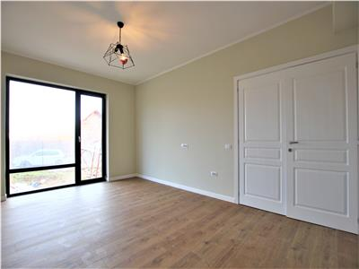 Apartament 3 camere D 75mp Loc Parcare Pacurari Rond